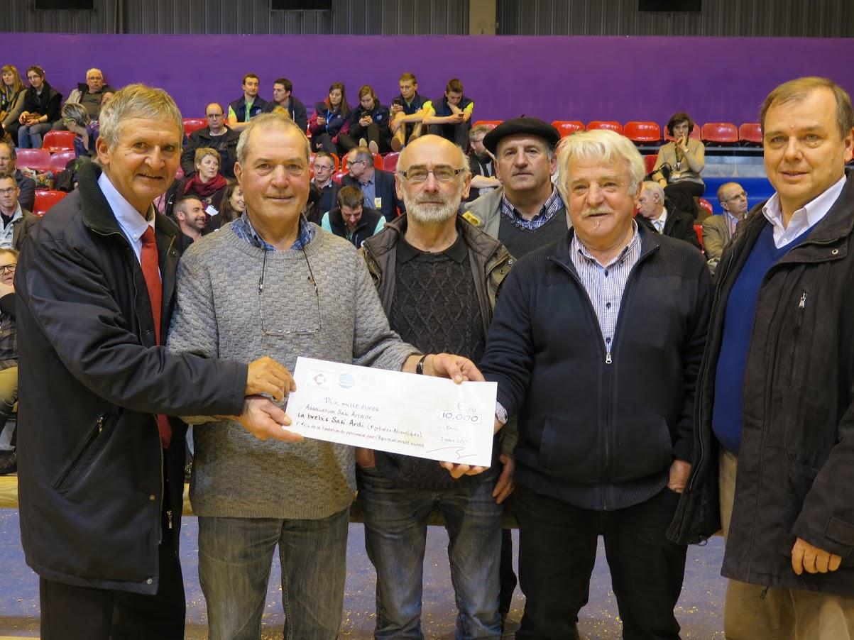 Une brebis basque remporte le 1er prix au Salon de l'Agriculture (Agrobiodiversité Animale)
